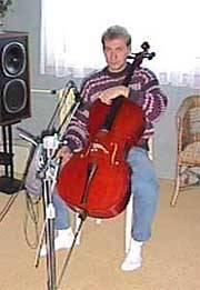 premiera - poprvé živý nástroj (Radovan & cello)